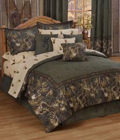 SouthernSistersDesigns.com - Browning Whitetails Comforter Bed Set, $128.95 (http://www.southernsistersdesigns.com/browning-whitetails-comforter-set/)