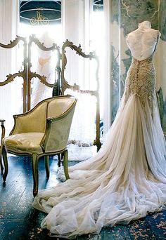 vintage- possible wedding dress?