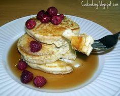 Cinnamon-Apple Tea Pancakes Topped with Raspberries