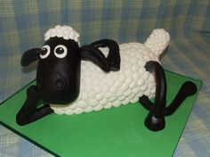 Shawn the Sheep cake!    Super cute!