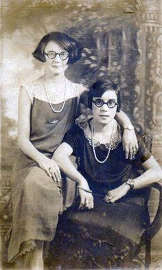 sisters, 1930's
