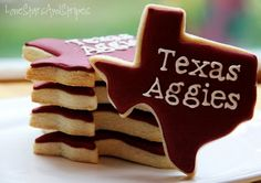Texas Aggie cookies-perfect for tailgating! #kendrascott #teamKS
