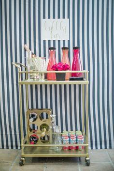 Bar cart | theglitterguide.com