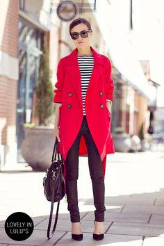 赤のロングコート着こなしコーディネート