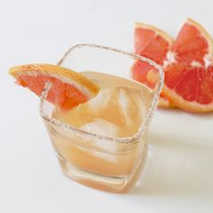 Salty Dog (gin and grapefruit juice) with a vanilla salt rim - this looks so interesting