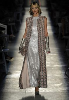 This Chanel suit took a staggering 3000s hours to make but can't deny its stunning.
