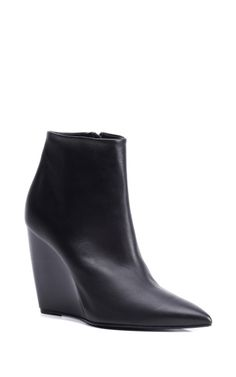 Pierre Hardy booties for Fall '13. <3