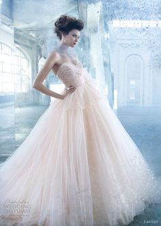 lazaro-color-wedding-dress-spring-2013-tulle-ball-gown-lace-draped-bodice-peplum-sweetheart <3