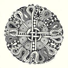 Zentangle Mandala | Enthusiastic Artist: Circular tangles as mandala centers