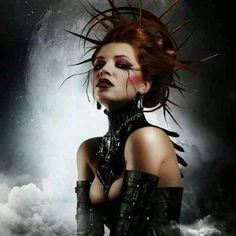 goth girls, gothic, portrait photography, headpiec, gift ideas, art, dark fashion, beauty, hair