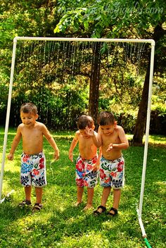 A Cool DIY Kid Wash for hot summer days..