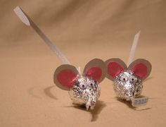 So cute. Valentine mice made from Hershey kisses. #Favors #Treats #Mice