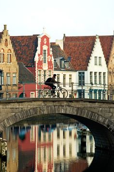 bike riding in Bruges! baby powder, bike rides, happy people, bruge, belgium, bridg, travel, place, bucket lists