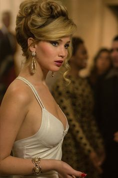 Jennifer Lawrence STOP BEING SO GORGEOUS.... Seriously can I like be you...please  lol
