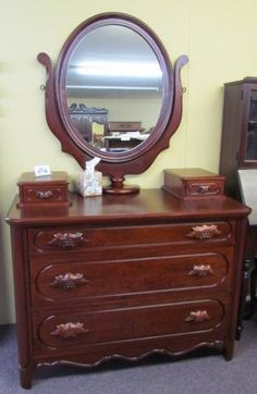 Dressers Downhome Antiques Bedrooms Furniture Davis Furniture