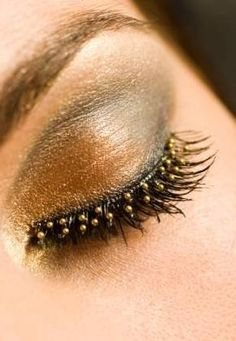Gold Dotted/Studded False Lashes