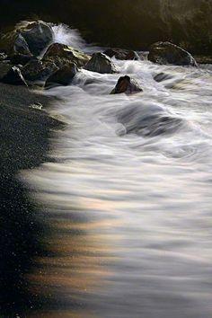Island Whisper, Kona, The Big Island--love those black sand beaches!