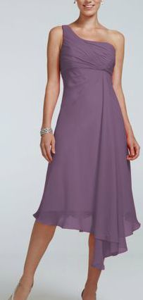Timeless, elegant and chic, this short crinkle chiffon dress will be your bridesmaids new go to staple dress long after the wedding reception! Style F15608 Shown here in Wisteria. #davidsbridal #purple #purpleweddings #bridesmaids