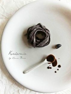 Chocolate tagliatelle with tonka bean KUCHARNIA