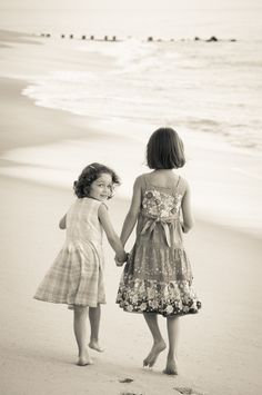 children's portraits on the beach; barefoot photography by jennifer malpass