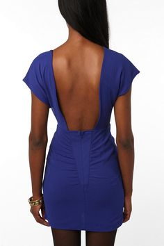 LOVE the back to this dress!!!!!