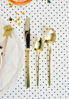 A KATE SPADE NEW YORK NYE Party | theglitterguide.com