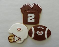 Texas A Football Cookies via Etsy - Love these!  Couldn't make them this cute, but would love to do something similar.  Already have the cookie cutters. - Page