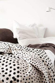 simply dotted.. love love love this bedding.