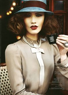 pearl, vintage chic, makeup, coffee, lip colors, dark lips, fashion magazines, hat, style fashion