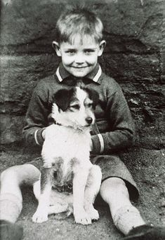 A young Sean Connery and his pup. #ConneryDay