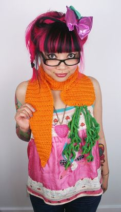 Twinkie Chan carrot scarf! This is perfect! ^_^