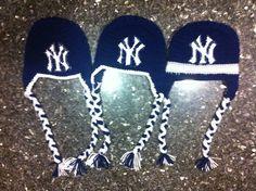 NY Yankees logo chart knit crochet pattern