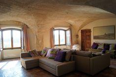 Maison Orsini près d'Avignon : 5 chambres & suites avec piscine et superbe panorama sur  Avignon et la Provence, dans une demeure du XIIIème siècle.
