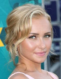 Hayden Panetierre with a soft up-do! hayden panettiere, hair colors, prom hair, wedding hairs, side bangs, homecoming hair, wedding makeup, blonde hairstyles, flawless skin