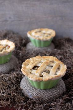 Tiny little Gooseberry Pies