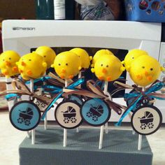 Baby chick cake pops for baby shower. Inspired by bakerella.com