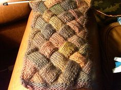 Awesome entrelac scarf pattern.