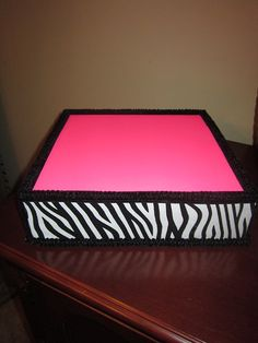 Cake Pop Stand Pink Zebra Square @Ricki Elkinton Allen, look at this cute stand!