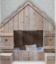 Stoere kinderbedstee van esgrado deze robuuste en stoere bedstee van steigerhout word geheel - Huis van kind buiten ...