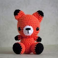 I love this little fox!! So cute x)