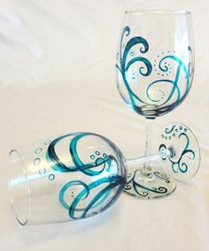 Turquoise Swirl Wine Glasses...I want to paint these!