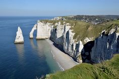 You are looking at the beautiful cliffs of Etretat in Normandy #etretat #normandy