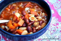 Mommy's Kitchen: Crock Pot Pasta Fagioli Soup {Winter Comfort Foods Recipe Exchange & Giveaway}