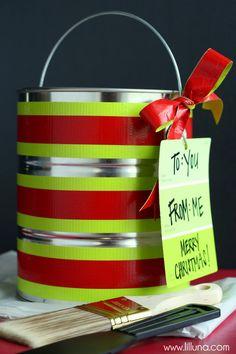 DIY Painter's Kit Gift Idea on { lilluna.com }