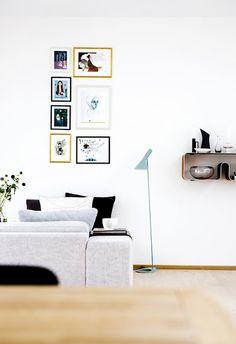 frames, lamp