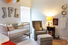 Love the touches of modern and vintage in this sweet nursery!