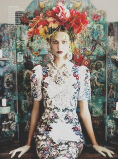 """Karlie kloss in Vogue US July 2012 """"Braziliantreatment"""" by Mario Testino"""