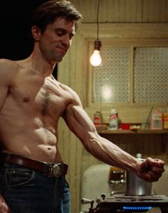 Travis Bickle. Training. Taxi Driver.