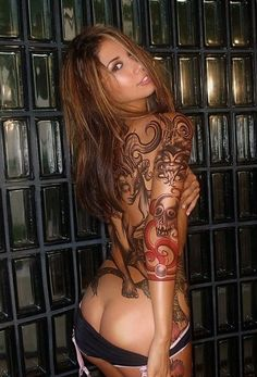 hot_girls_with_tattoos_57