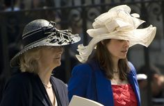 Ladies outside a Maundy Thursday celebration at Westminster Abbey. Photo by Linda Davidson. #Hats #Westminster_Abbey #Linda_Davidson